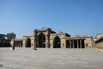 Jumma Masjid - Places to Visit & Tourist Attractions in Ahmedabad